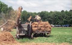 Pioneer Steam & Gas Engine Society NW PA (rentavet) Tags: minoltamaxxum5000 rokinar70200mm konicacenturia400asa saegertownpa pioneersteamgasenginesocietynwpa analog tractorshow