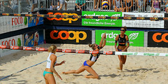 GO4G4644_R.Varadi_R.Varadi (Robi33) Tags: action ball beachvolleyball court block international play sand victory game player sport summer competition show umpire viewers basel switzerland