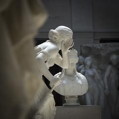 ascolta il consiglio.... (︎) Tags: chicago andrea lazzarotto art institute statue statues