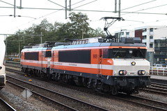 LOCON, 9909 + 9908 (Chris GBNL) Tags: locon train trein 9909 9908