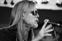Michael Allman -- Letting Go (forestforthetress) Tags: michaelallman singer song blues theblues bluesmusic hoosierbarandgrill bw blackandwhite monochrome omot nikon stage concert gig festival music musician face people