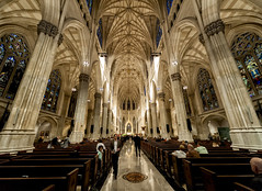 St. Patrick's Cathedral (R.o.b.e.r.t.o.) Tags: cattedraledisanpatrizio chiesa church nyc architecture newyorkcity manhattan unitedstatesofamerica statiunitidamerica basilica stpatrickscathedral
