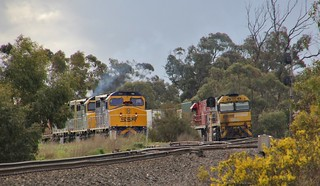 NR47 and NR75 have arrived into the loop on PM5 while the SSR grain sits in the grain loop