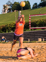 2017-09-04 BBV Women's Doubles (43) (cmfgu) Tags: craigfildespixelscom craigfildesfineartamericacom baltimore beach volleyball bbv md maryland innerharbor rashfield sand sports court net ball outdoor league athlete athletics sweat tan game match people play player doubles twos 2s woman women