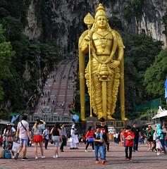 Lord Murugan Statue at Batu Cave, Malaysia (Br@jeshKr) Tags: batucave malaysia kualalumpur lordmurugan brajeshart statue hindu thaipusam gombak selangor hinduism kartikeya