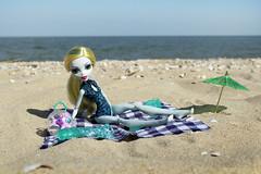 Lagoona Blue (eneida_prince) Tags: monsterhigh doll dolls osalina mattel photo photos mh 2017 monsterhigh2017 photoshoot lagoonablue seamonster danceclass classicalballet