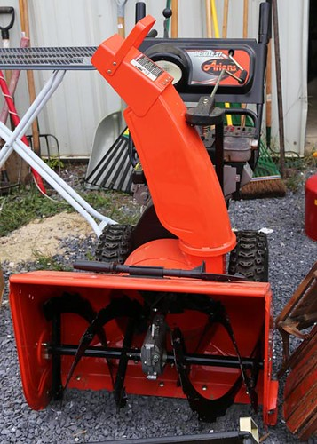 Ariens Deluxe 27 Snowblower ($600.00)