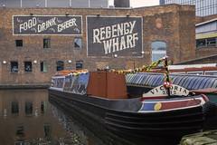 20170927-Victoria 2012 (Damien Walmsley) Tags: gasstreetbasin regencywharf canal water buildings longboat