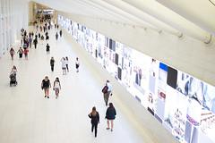 Westfield World Trade Center (Anvica) Tags: nuevayork westfieldworldtradecentre gente people newyork calatrava fuji x100