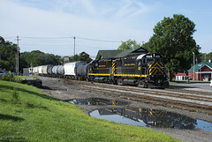 LA&L 428 Reflection (callduckfarm) Tags: lal428433 13cars lal alco c425 c430