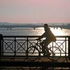 Bordeaux, le Pont de Pierre (pom.angers) Tags: canoneos400ddigital 5000 500 600 10000 november 2011 bordeaux 33 nouvelleaquitaine france europeanunion bike bicycle bridge round circle wheel gironde