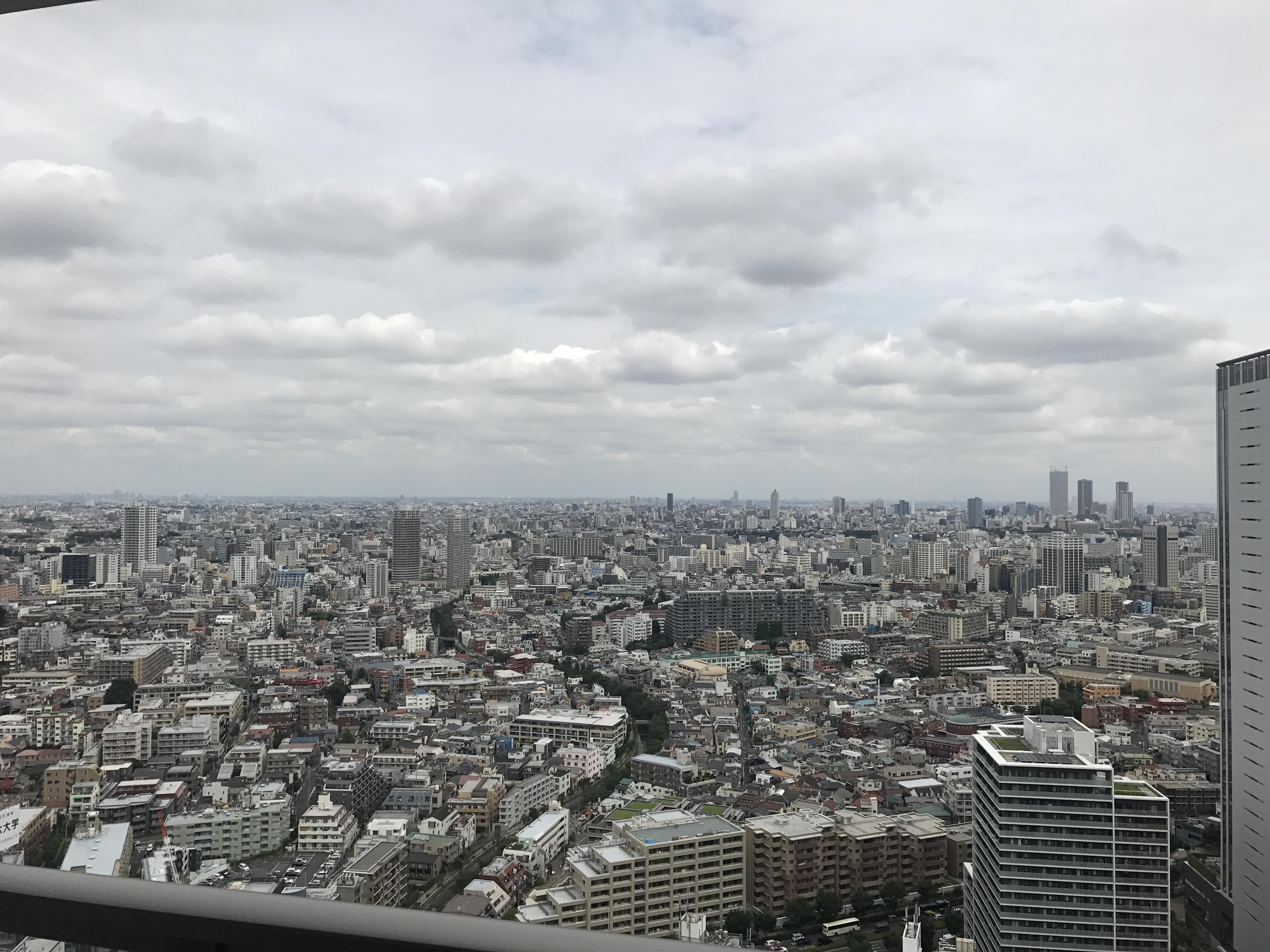 カフェ・ド・クリエ プラス 新宿ガーデンタワー>