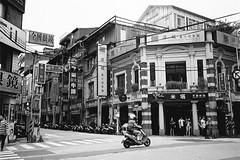基隆_19 (Taiwan's Riccardo) Tags: 2017 taiwan bw 135film negative ps kodaktmax400 plustek8200i kyoceratproof zeisslens tessar fixed 35mmf35 台北縣 基隆