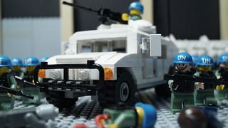 Lego UN Humvee Patrol