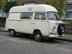 1972 Volkswagen Camper Van (Neil's classics) Tags: vehicle van camper volkswagen 1972 vw camping motorhome autosleeper motorcaravan rv caravanette kombi mobilehome dormobile