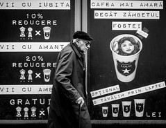 Untitled (Alex Cruceru) Tags: 314xel bw blackwhite blackandwhite candid glasses hat kane man story stradal street streetphotography streettogs urban x100s