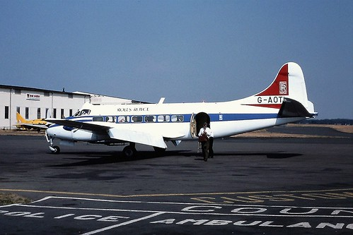 G-AOTI De Havilland Heron d Coventry 16-08-76