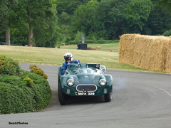 Guy Loveridge - 1948 Connaught L2 (BenGPhotos) Tags: 2017 chateau impney hill climb classic historic motorsport race racing autosport motor sports sport car british green guy loveridge 1948 connaught l2
