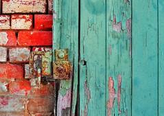 green door, red brick (holly hop) Tags: dunolly australia victoria station buildings rust rustyandcrusty sliderssunday postprocessing abstract redandgreen redbrick peelingpaint greenrust