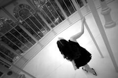 DSC_6273副本 (Vivionitier) Tags: madrid nikon sb900 strobist d800 girl portrait retrato street blanc y negro bw retiro park