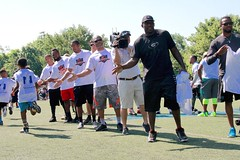 "thomas-davis-defending-dreams-foundation-0100 • <a style=""font-size:0.8em;"" href=""http://www.flickr.com/photos/158886553@N02/36787795060/"" target=""_blank"">View on Flickr</a>"