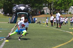 "thomas-davis-defending-dreams-foundation-0257 • <a style=""font-size:0.8em;"" href=""http://www.flickr.com/photos/158886553@N02/37013614012/"" target=""_blank"">View on Flickr</a>"