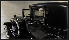 1931 Franklin Model 153 (Sugardxn) Tags: garypentin sugardxn photoshop picswithframes frame franklinautomobile franklin canon canonpowershotsx200is 1931 car franklinautomuseum towncar bw blackandwhite monochrome