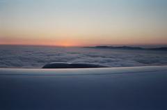 Sunset over Los Angeles (Blurmageddon) Tags: 35mm film analogphotography kodak portra400 pakonf135 nexlab c41 selfdeveloped vacation travel losangeles airplane sunset