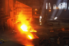 La planchada del horno alto (Carpetovetón) Tags: dunkerque nord francia hornoalto hautefourneau planchada arrabio industria siderurgia colada sony717