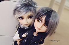Friendship (·Yuffie Kisaragi·) Tags: doll dolls taeyang horizon custom akai arashi caim mad hatter alice du jardin kuro obitsu rewigged rechipped