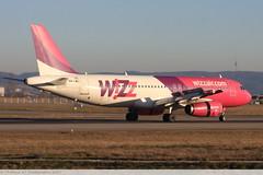 Airbus A320 -232 WIZZ AIR HA-LWJ 4683 Mulhouse décembre 2015 (Thibaud.S.Photographie) Tags: airbus a320 232 wizz air halwj 4683 mulhouse décembre 2015