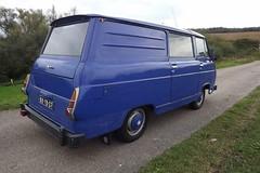 1976 Škoda 1203 COM (Skitmeister) Tags: skoda taz skitmeister 88yb07 1203 1203m 1976