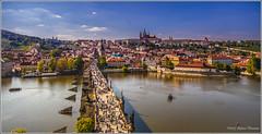 Charles Bridge and Prague Castle (Karlův most-Pražský hrad) (Stefano Flammia) Tags: praga prague praha karlůvmost pontecarlo castelli pražskýhrad charlesbridge moldava