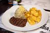 Jack Steak BBQ & Burgers (Marcos Honma Fotografia) Tags: fraldinha arroz biro mandioca frita