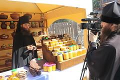 Открытие Святогорской медовой ярмарки (33)