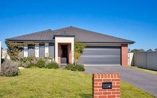 4 Water Gums Close, Tamworth NSW