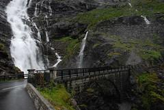 Wet bridge (DoctorMP) Tags: norwegia norway norge moreogromsdal góry lato summer mountains romsdal trollstigen droga road drabinatrolli bridge most wodospad waterfall