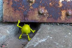 What is hidden here? (Ballou34) Tags: 2017 7dmark2 7dmarkii 7d2 7dii afol ballou34 canon canon7dmarkii canon7dii eos eos7dmarkii eos7d2 eos7dii flickr lego legographer legography minifigures photography stuckinplastic toy toyphotography toys sausalito california étatsunis us 7d mark 2 ii eos7d stuck plastic pixar monsters inc londres england royaumeuni gb disney mike hidden door metal