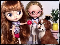 Toy-in-the-Frame Thursday; and Blythe-a-Day August #1&2: Don't Leave Home Without It&Double Your Pleasure...: Abby, Cori-Elaina & Barkley