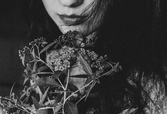 (Violette Nell) Tags: closeup nb noiretblanc vintage fleurs flowers portrait blackandwhite filmphotography youth dream bw analog violettenell aesthetic body feelings 35mm girl visage france fineart mood monochrome dark poetry darkness floral intimacy ethereal art selfportrait self bnw