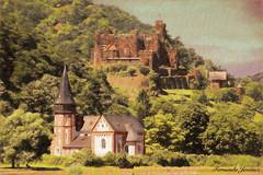 Rhin romántico (alanchanflor) Tags: canon alemania germany romántico romantic rhin castillo iglesia castlel chuch verde antigua naturaleza arquitectura exterior