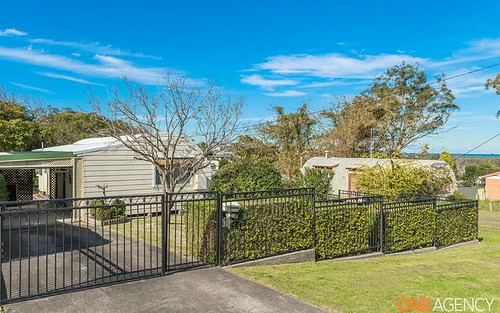 5 Harlo Street, Belmont North NSW