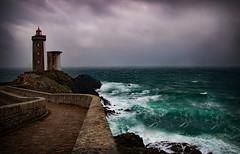 Comme un goût ... de Tumulte et de Tempête (.Sophie C.) Tags: petitminou pharedupetitminou plouzané 29 finistère breizh bretagne radedebrest phare lighthouse tempête storm mer sea littoral inexplore