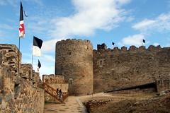 Knights' Templar Castle of Ponferrada (Alan1954) Tags: castle spain ponferrada holiday 2017 flags