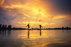 IMG_3887 (Bugphai ;-)) Tags: fisherman boat fishing net people sunset asia fish sky fishermen silhouette asian thailand vietnam indonesia water nature sun river sea summer beautiful cambodia background nets lake sunrise color travel food man china traditional laos landscape myanmar tradition yellow malaysia burma thai twilight catch korea morning blue casting person happy natural