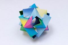 Rocco Kusudama (12 units) (Brian Ritchie) Tags: kusudama mariasinayskaya rocco modular origami