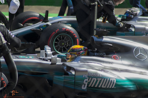 """Lewis Hamilton • <a style=""""font-size:0.8em;"""" href=""""http://www.flickr.com/photos/144994865@N06/36903080891/"""" target=""""_blank"""">View on Flickr</a>"""