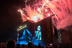 End of show! (Stickyemu) Tags: readingfestival2017 livemusic muse firework pyrotechnics stage crowd ricohgr smoke