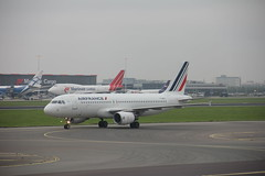 Air France Airbus A320-200 F-HBNJ , Schiphol airport 05.09.2017 (szogun000) Tags: amsterdam netherlands nederland aviation airport schiphol ams eham aircraft airplane plane jet jetliner airliner passenger airbus a320 a320200 airfrance fhbnj noordholland northholland canon canoneos550d canonefs18135mmf3556is