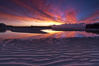 Harbour sunrise, the moment